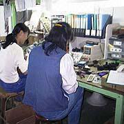 Monoeric International Co. Ltd - Our QC team works under strict guidelines