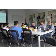 Ningbo Yinzhou Taifeng(Zhibao) Garments Co.,Ltd. - Meeting with Clients