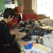 Jieyang Xindaman Hardware & Electrical Appliances Co. Ltd - Inspection of the whole hair dryer before packed