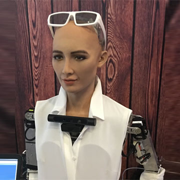 Meet human-like AI robot Sophia at Electronics show