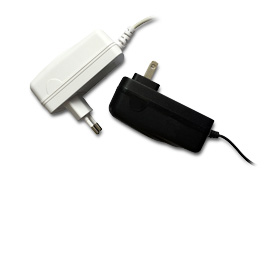 AC/DC adapter delivers 5V, 4A output
