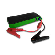 Batteryless car jump starter outputs 15.6V