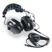 Aviation headset adopts noise reduction technologies