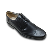 Gallery View: Lace-up men's dress shoes rise in popularity
