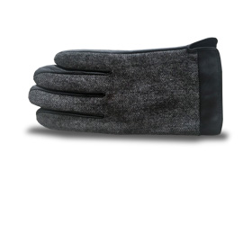 Winter gloves feature sheepskin palm