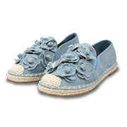 Women's shoes with handmade floral trim