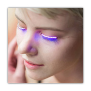 Color-changing LED eyelashes