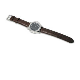 Fashion watch with replaceable parts