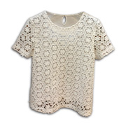 Women's blouse uses mixed lace embroidery