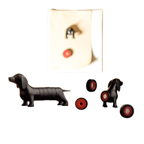 3D refrigerator magnet forms black dachshund