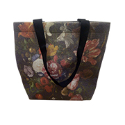 Felt shopping bag with allover floral prints