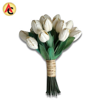Handtied floral bouquet made of cornhusk