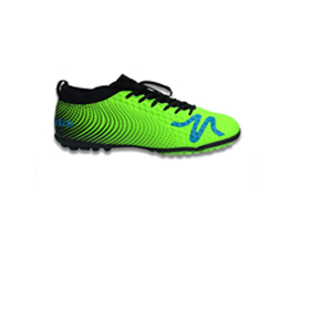 Soccer shoes in PU and knit fabric