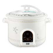 Slow cooker has bone china inner pot
