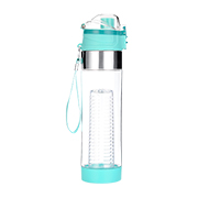 Fruit infuser bottle holds 700mL